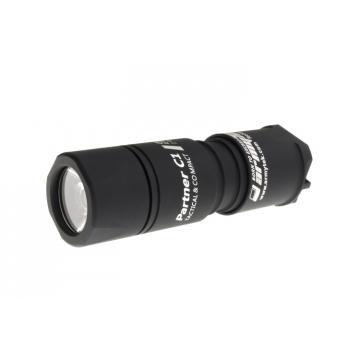 Svítilna Armytek Partner C1 v3 XP-L  / Teplá bílá / 744lm (40min) / 127m / 6 režimů / IP68 / 16340 Li-Ion / 57gr