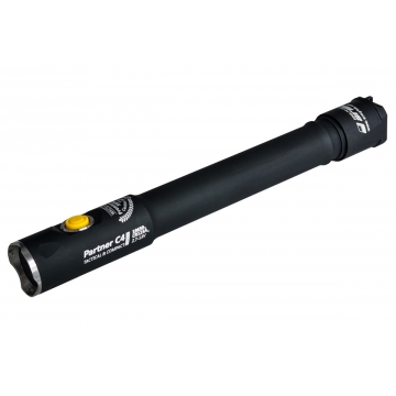 Svítilna Armytek Partner C4 Pro v3 XHP35 / Studená bílá / 2300lm (1h) / 215m / 8 režimů / IP68 / 2x18650 Li-Ion / 73gr
